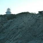 Вид на маяк и складское помещение